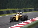 Magnussen confident of Renault stay in 2017