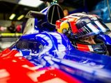 "Kvyat ""Does Not Deserve His Place This Year"" – Jacques Villeneuve"