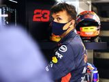 Albon 'being made to look like an idiot' at Red Bull, says Russell