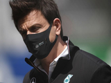 """Mercedes anger a """"normal phenomenon"""" in face of failure - Wolff"""
