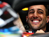 Ricciardo joins Renault for two seasons