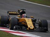 Renault endurs frustrating race