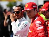 """Hamilton insists he is """"not trying to move"""" to Ferrari"""