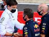 Wolff spoke to Horner over comments Mercedes favour Hamilton in F1 title fight