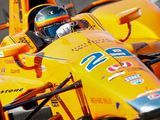 Fernando Alonso gets his first taste of running in traffic at Indy