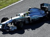 Mercedes launches F1W04 after its track debut