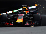 Ricciardo leads Red Bull 1-2 in opening practice