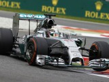 FP3: Hamilton quickest as Rosberg hits issues