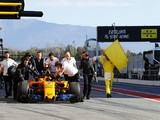 F1 testing: McLaren suffers electrical shutdown at start of test two