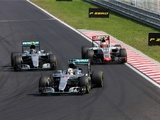 Steiner defends Gutierrez, criticises rivals over blue flag spat