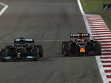 """Mercedes Red Bull desert duel """"a sign of what's to come this year"""" - Wolff"""
