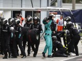 Mercedes denies 'phantom' F1 pitstop tactic was used in Italian GP