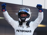 Bottas re-signs with Mercedes for 2018