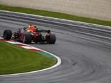 Red Bull's Ricciardo and Verstappen row over qualifying tow tactics