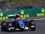 Sauber mustn't 'throw money' at car