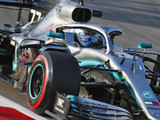 Bottas takes convincing win in Australia