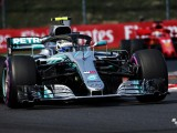 Valtteri Bottas handed 10-second penalty for Daniel Ricciardo clash