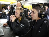 Ocon gets Renault practice outing in Spain