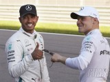 "Wolff uneasy over ""tricky decision"" to let Bottas and Hamilton race"