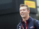 Kvyat has 'no problems' with Albon's promotion