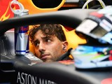 Ricciardo: Mercedes' engine advantage is a 'punch in the stomach'