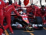 Vettel: Loose screw led to extinguisher issue