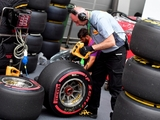 Pirelli 'ready' for F1 tyre war