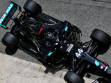 Qualy: Hamilton books 150th front row start with pole