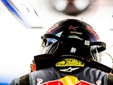 Sainz unhappy with Hulkenberg's 'dangerous' driving
