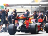 Horner claims Ricciardo motivated by Max's success