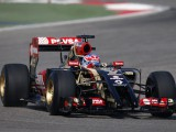 Lotus hit by Renault fuel cell troubles on debut
