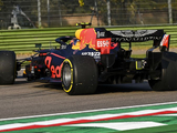 """Albon spin """"hugely frustrating"""" as Red Bull leave Imola pointless"""