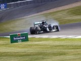 "Hamilton: ""Heart nearly stopped"" after last-lap F1 British GP puncture"