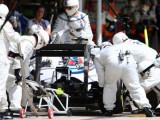 Bottas undone by loose seat belt