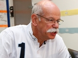Zetsche: F1 issues should be discussed internally