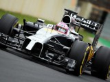 Button's 4th emphasizes Magnussen's tyre struggles