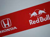 Red Bull signs Honda engine deal for 2019