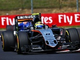 Perez frustrated by miscommunication over pit stop