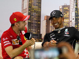 Vettel sent text urging Hamilton to break record