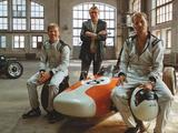 Video: Mika Hakkinen stars in music video