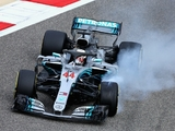 Pirelli agree to Mercedes' tyre demands