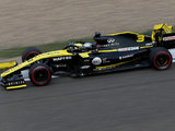 Abiteboul Pleased to see Ricciardo Secure First Renault Points in China