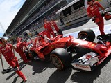 Pirelli meeting over hard tyre after Formula 1 drivers' complaints