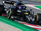 Ricciardo hits the top for Renault