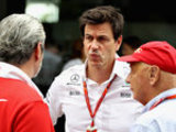 'Merc & Ferrari working as one team'
