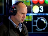 Newey reveals Ferrari made 'three' offers