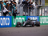 Hamilton wins in Hungary