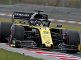 "Ricciardo's Q1 exit ""a hard one to take"" for Renault"