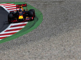 Drivers divided on electronic policing of track limits