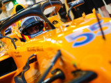 Sainz wants a 'family' out of McLaren